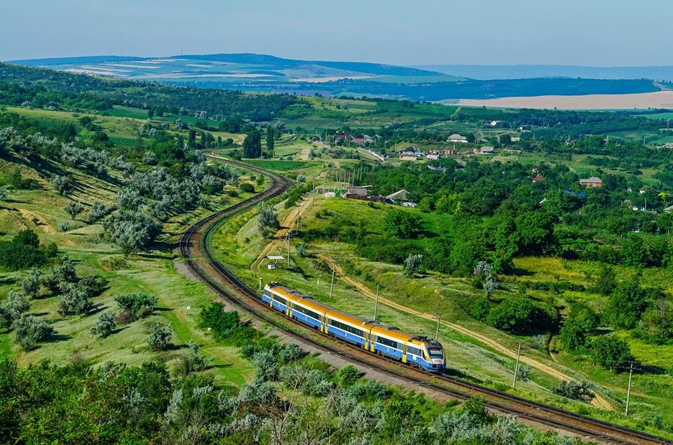 EIB approves funding for rail modernisation in Moldova