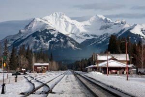 Calgary-Banff rail passenger service