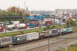 rail-truck hub