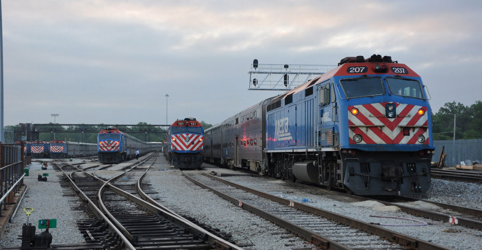 Metra plans to announce request for proposals for shunting locomotives