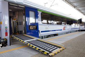 Combo railcars