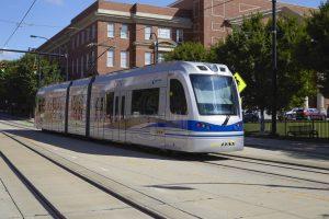 S700 hybrid trams